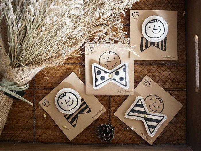 fem05. 日本製 刺繡 / 手繪 別針 微笑臉譜 蝴蝶結