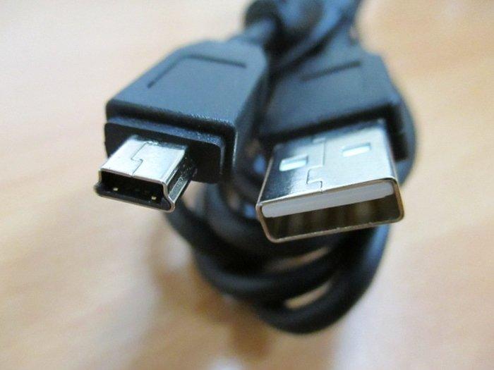 康榮科技 全新Cable USB2.0高速傳輸線A(公)-Mini USB(公) 1.5M (一組5條)