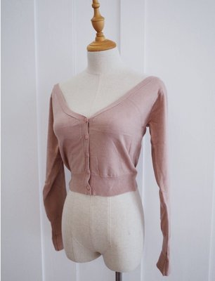 轉賣Scrappy Koko store Hidden 藏起來的性感 細織斜肩針織上衣(粉色)