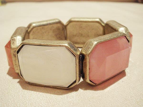 全新美國名牌 AVON 雅芳 高質感方塊造型手環,低價起標無底價!本商品免運費!