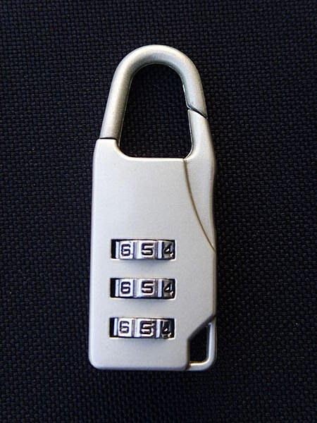 《葳爾登》登機箱號碼鎖/行李箱迷你鎖/拉桿箱密碼鎖/防盜鎖頭/旅行箱鎖/防惡人栽贓.