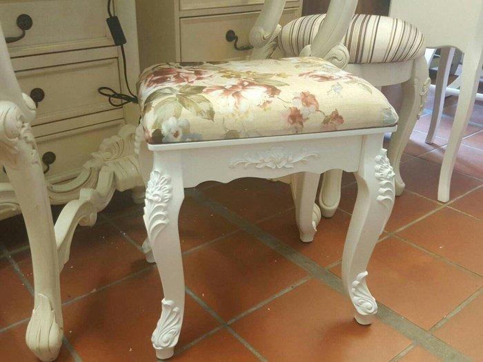 虎腳雕花造型化妝椅