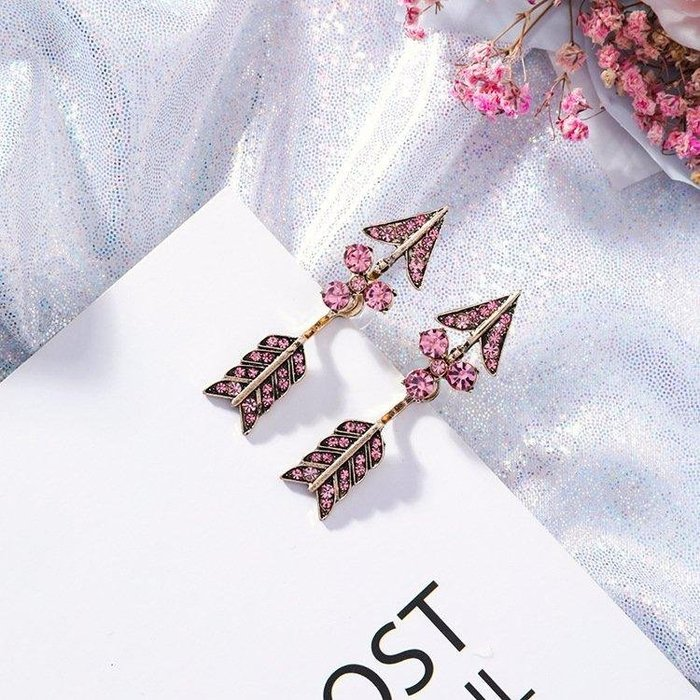 《現貨在台》韓國設計 桃心劍純銀耳環