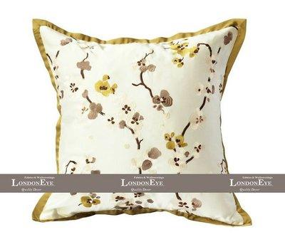 【 LondonEYE 】Orient 新東方印象 清麗梅花立體布繡X金色系精緻包邊抱枕套 豪宅樣品屋(含芯)