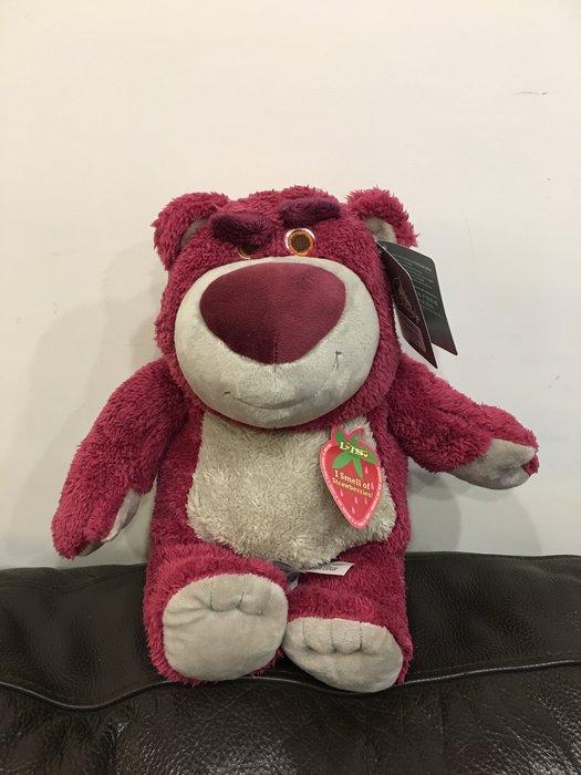 ^燕子部屋 ^ 香港迪士尼熊抱哥草莓味娃娃