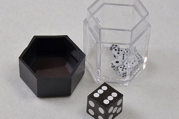 全新  超級爆炸骰 爆炸骰子 神奇骰子 魔術道具 讓人驚訝 自娛娛人