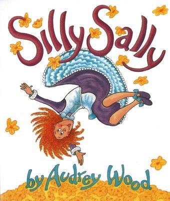 *小貝比的家*廖彩杏~~ SILLY SALLY /平裝書+JYCD/3~6歲/趣味幽默