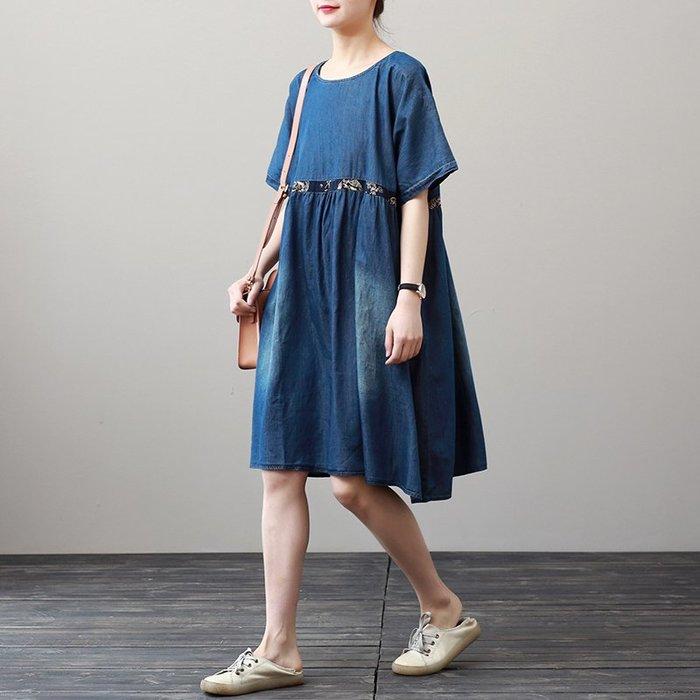 牛仔洋裝 半身裙 A字裙 寬松大碼文藝中長款連衣裙女復古印花薄款牛仔裙