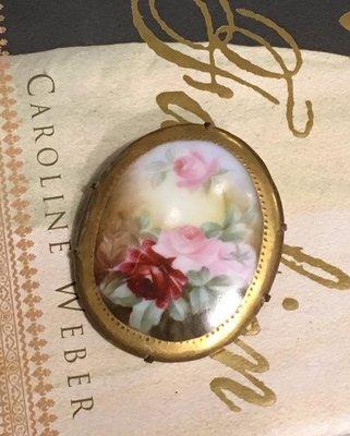 1880年歐美古董手繪玫瑰磁器胸針