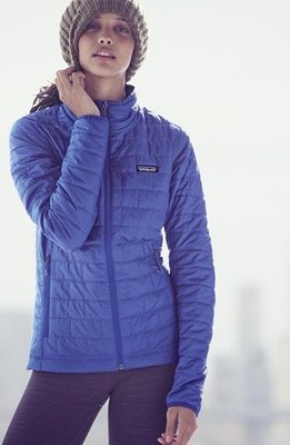 "Patagonia Women's Nano Puff Jacket ""PrimaLoft Gold"" 滑雪 濕了都保暖"