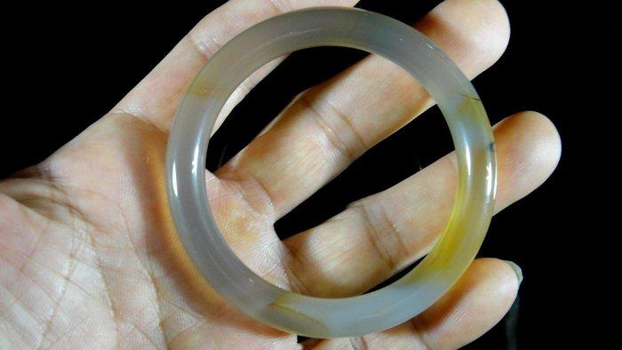 [福田工藝]天然瑪瑙玉鐲/手鐲/手環/內徑5.6cm外徑7.3cm手圍:18.5[瑪鐲9]