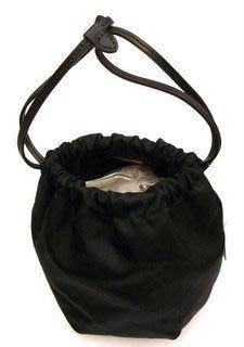 喬瑟芬【PRADA】 織印徽章Logo皮革束口繩超纖尼龍收納化妝包/手挽包~全新真品
