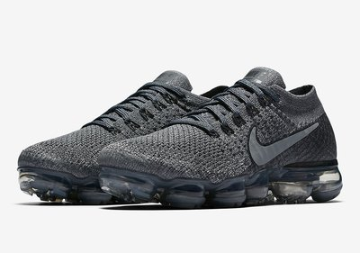 "NIKE LAB IS BRINGING ""COOL GREY"" TO THE VAPORMAX 899473-005"