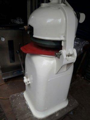 食品機器 分割滾圓機 進口機種 售後有保固