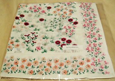全新日本帶回日本製 NINA RICCI 100% 純棉方形領巾方巾絲巾手帕 4,低價起標無底價!本商品免運費!