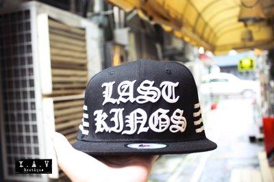 [Y A V] 美國TYGA 品牌 LAST KINGS 授權店 LK White Bars snapback 可調帽