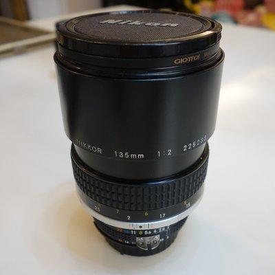 中古 Nikon經典望遠定焦大光圈老鏡 手動對焦 135mm F2