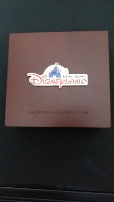 Disneyland exclusive celebration Limited Edition Pin 2005
