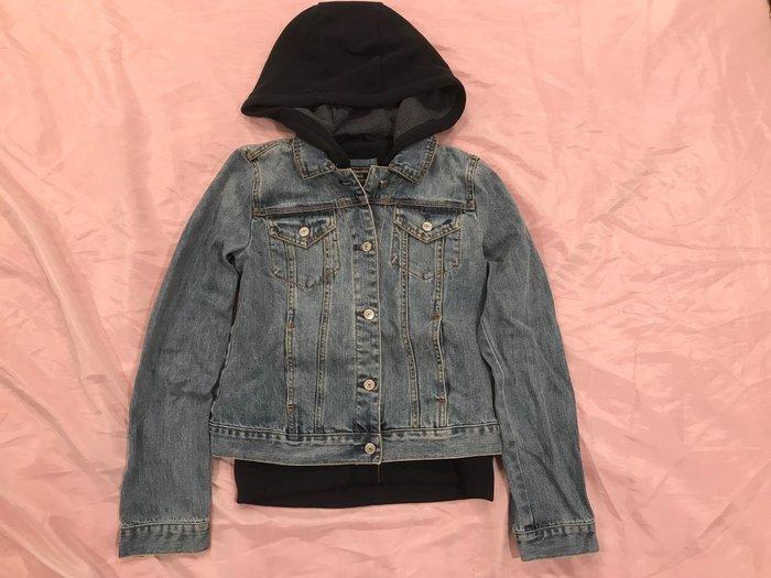 【天普小棧】Abercrombie&Fitch A&F Twofer Denim Jacket兩件式連帽牛仔外套S號