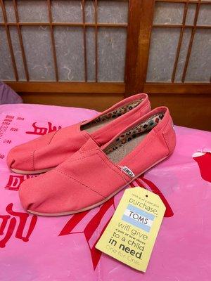 「 全新 」 TOMS 女版休閒鞋 US8(粉色)44 高雄市