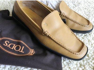 一線精品 TOD`S 平底鞋 基本款 休閒皮鞋 36.5
