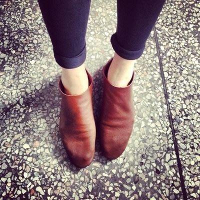 SaNDoNⓇ× KBF~ 日本簡約風格全真皮可踩腳跟懶人鞋裸靴