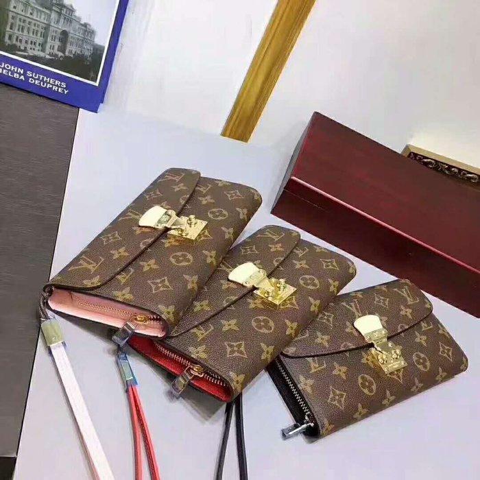 Hot shop  經典PVC配牛皮老花長款鎖扣錢包 手拿包 內拉鏈多卡位包