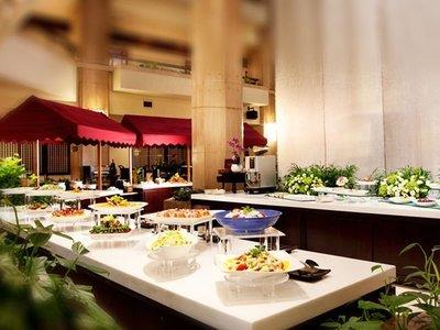 【悠遊網內湖店】彩虹座自助下午茶2客週一 ~ 週五加價200元! 台北福華大飯店餐券特惠價只要 849元