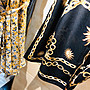 【皇室珍物】Italy Castle之【羅馬式金黃鎖鍊印花小開衩極度高雅美裙】2020.6.30