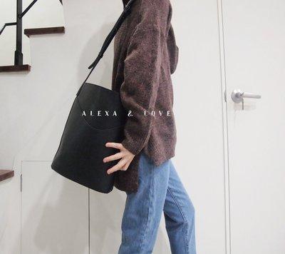 Alexa&Love_韓國款秋冬復古簡約大方包上學包肩背側肩包水桶包(特)