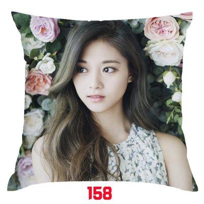 TWICE 抱枕 周子瑜 抱枕  Momo Mina  Sana 定延 抱枕 雙面印刷 雙面圖可不同 生日禮  贈品