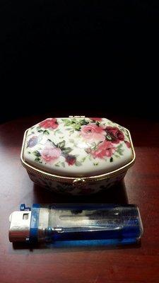 陶瓷彩繪珠寶盒