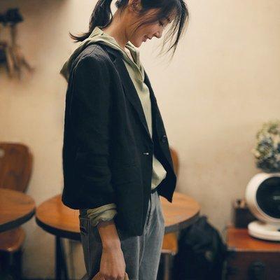   一品著衣   寫意安靜質樸亞麻西裝外套 有內襯 顯瘦 一粒扣黑色西裝西服女