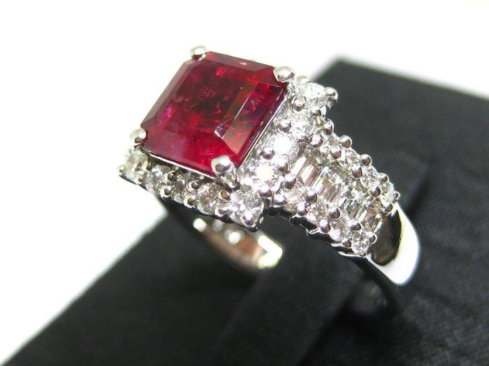 【Texture & Nobleness 低調與奢華】收藏家等級 天然無處理紅色綠柱石1ct++ 配鑲天然真鑽