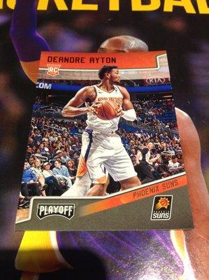 18 19 Playoff - DeAndre Ayton 限量/149 紅版新人RC平行卡