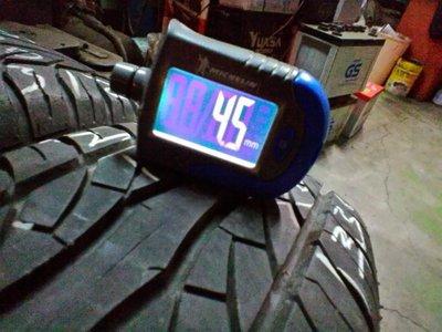 阿傑 中古輪胎 2013年 胎深4.5mm 165/ 70/ 13 MAXXIS MA-V1 VIP 有2條 一條400 高雄市