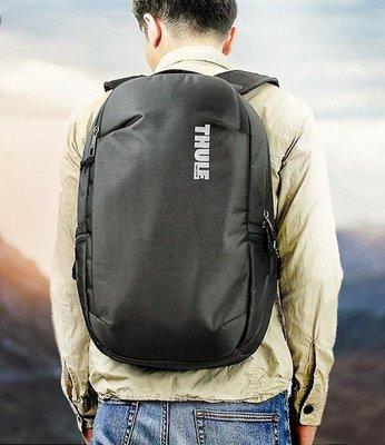 全新。THULE-Subterra Backpack 23L筆電後背包。原廠正貨。深藍色。 台北市