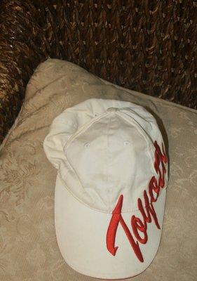 白色 Toyota 休閒帽 棒球帽 鴨舌帽 休閒便帽 遮陽帽/ 網帽.總共有1個  二手 使用過 新竹市