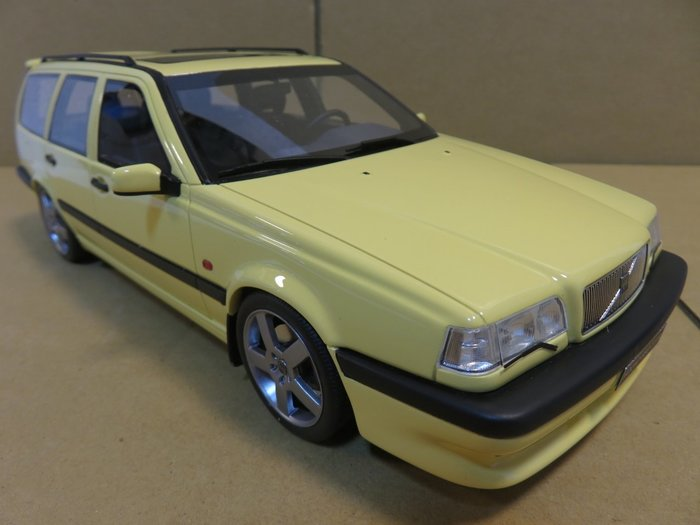 =Mr. MONK= OTTO Volvo 850 T5 R Estate