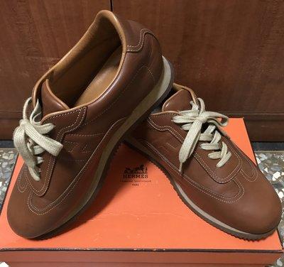 愛瑪仕 Hermes 男士經典咖啡色休閒球鞋/經典鞋款