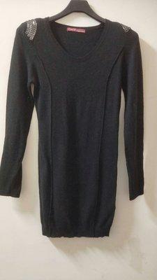 紐約 Hauii W 鉚釘羊毛長版衫