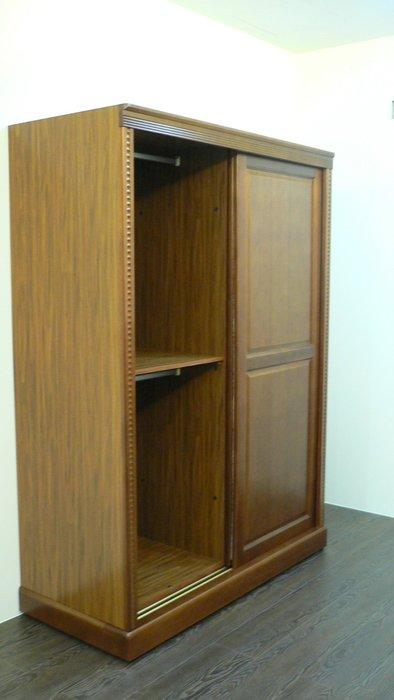 台中二手傢俱 原木傢俱買賣 ZH101*全新樟木划門衣櫃*衣櫥/衣架/斗櫃/收納櫃 中古臥室傢俱拍賣床組 床墊 床板