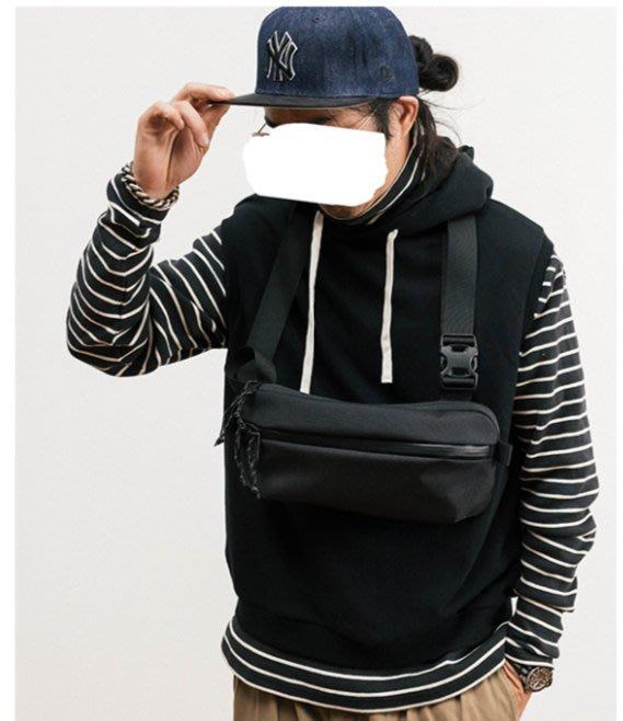 **蛻變英倫**韓國限定版連線熱賣高品質訂製歐美頂級款品質彈道尼龍挎包戶外機能包防水單肩包潮黑色胸包