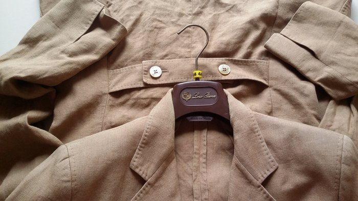 歐碼44 NG出清 MaxMara駝色天然素材 高級亞麻 後飾釦西裝外套