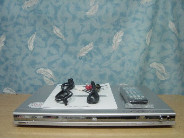 Y【小劉二手家電】很新的 120G硬碟式錄放影機/ +DVD放影機
