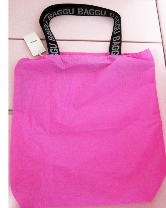保證真品美國紐約的時尚環保袋品牌BAGGU時尚托特包亮粉紅色LOGO提把設計ripstop tote肩背包手提包購物袋
