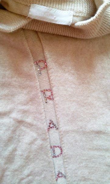 亮片Prada 淺駝羊毛蝴蝶結飾領高領羊毛衫