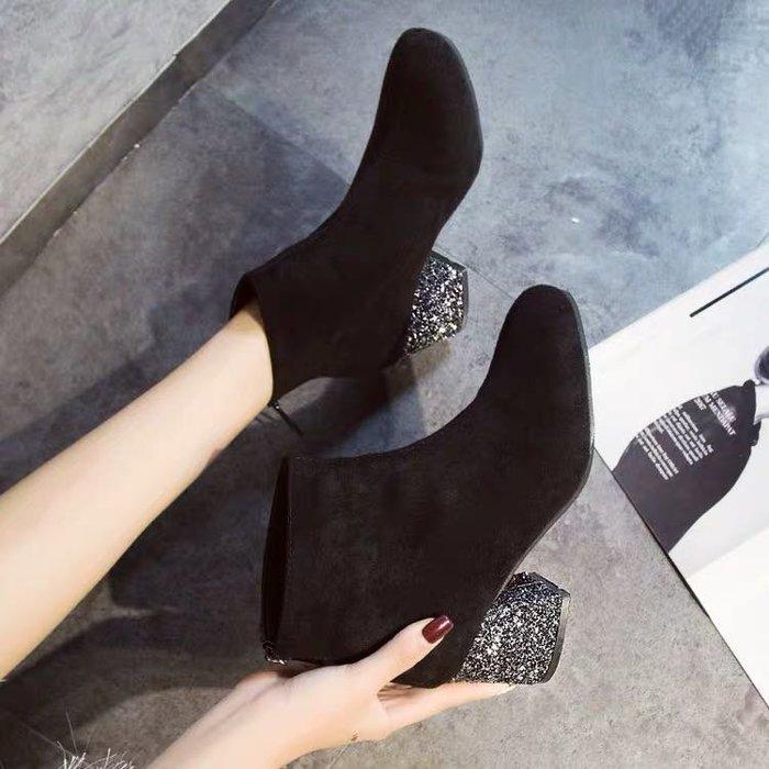 (特價)韓版時尚款女靴絨面馬丁靴粗跟短靴