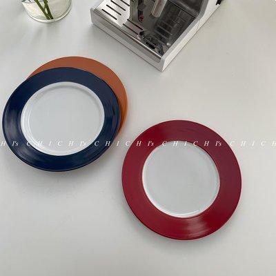 【菁菁小鋪】 CHICHI'S INS餐具寬邊手繪復古三色陶瓷盤子民宿西餐居家用平盤T9G3