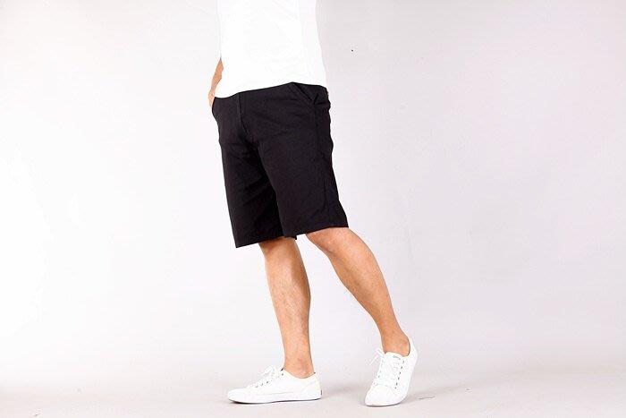 CS衣舖 夏日薄款 涼爽 高彈性 透氣 素面百搭 休閒短褲 兩色 7393
